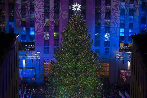 restaurant with view of christmas tree at rockefeller the 2016 rockefeller center tree lights up new