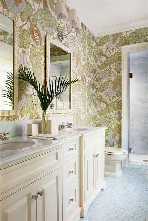 tropical bathroom ideas  pinterest tropical
