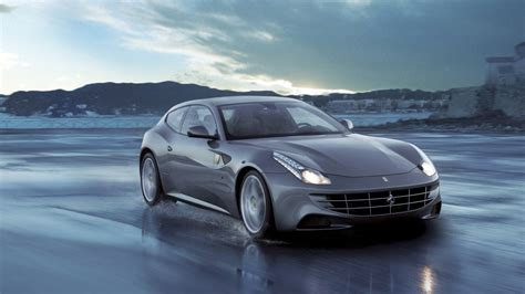 Ferrari FF: Revolutionary 12-Cylinder - Ferrari.com