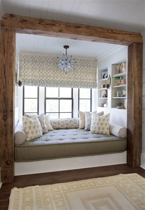 Best 25+ Bedroom Nook Ideas On Pinterest  Attic Reading