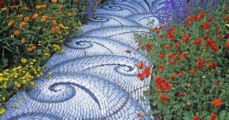 mosaike aus kieselsteinen mein schoener garten