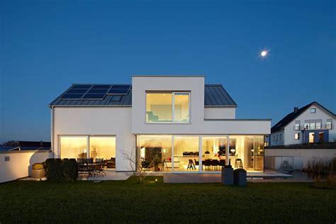 Moderne Häuser Satteldach Bilder by Lichtdurchflutetes Satteldach H 228 User V 246 Lse
