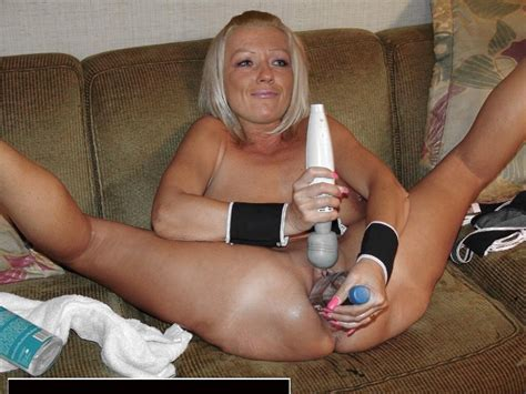 In Gallery Polish Milf Like To Play With Toys Picture Uploaded By Ira On