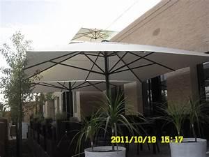 grand parasol capri pour terrasse et piscine en alu 5x5m With grand parasol de terrasse
