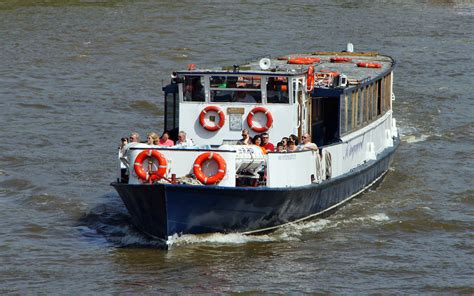 River Boat To Kew Gardens by Thames River Boats Kew To Hton Court Thames River Boats