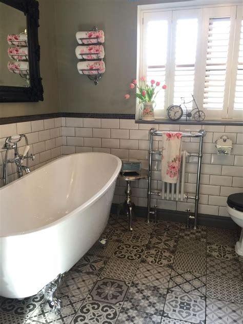 Traditional Bathroom Designs by Best 25 Traditional Bathroom Ideas On Master