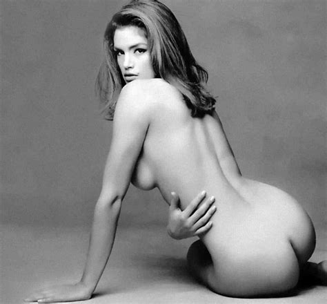 Cindy Crawford Nude Pics