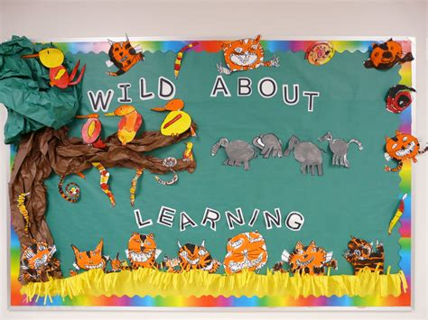 bulletin board ideas october 2010 964 | Fall Bulletin Boards (26)