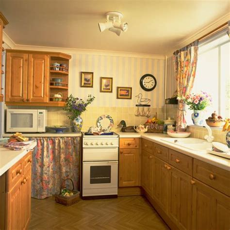 7 Decorating Ideas That Only Worked In The 90s  1990s