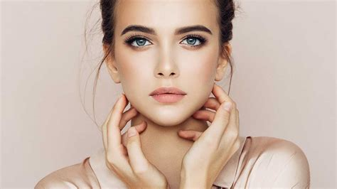 To Makeup by How To Flawless Looking Skin With Makeup L Or 233 Al