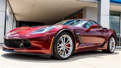 chevy dealers    qualify  sell  corvette