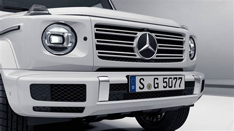 mercedes  class amg  shows  sporty side
