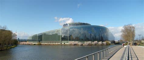 siege du parlement europeen parlement européen peut on rêver d 39 un siège unique à