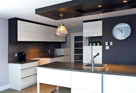 faux plafond en pvc pour cuisine cuisine moderne griffe cuisine