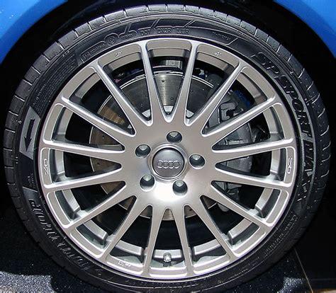 Audi VW Original Felge 8E0 601 025 AT  15Speichen Felge