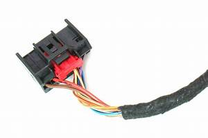 Climate Control Wiring Harness Pigtail Plug 09