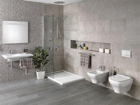 Wand-WCs für Badezimmer, wo jeder Zentimeter zählt