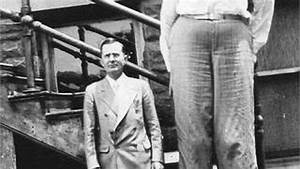 World U0026 39 S Tallest Man To Have Ever Lived   Robert Pershing Wadlow