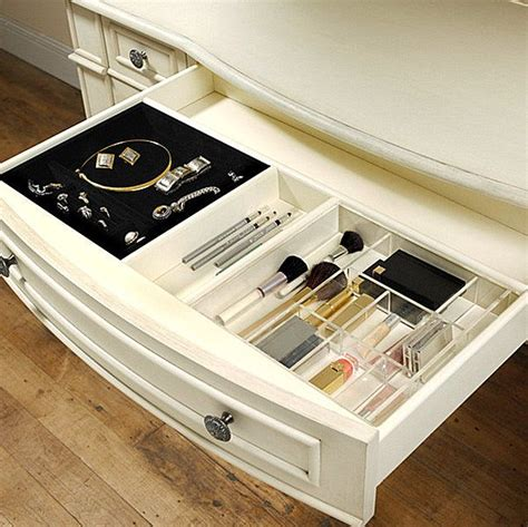 pictures of kitchen cabinets with handles more makeup organizer ideas for a tidy display of 9104