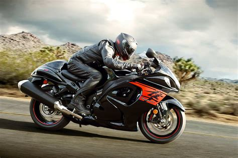Price Suzuki by 2018 Suzuki Hayabusa Priced At Inr 13 87 Lakh In India