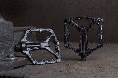 Singletrack Magazine Review Sixpack Skywalker Flat Pedals