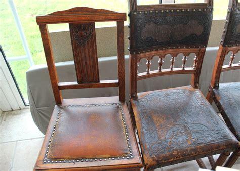 chaise ancienne cuir et bois avril 2014