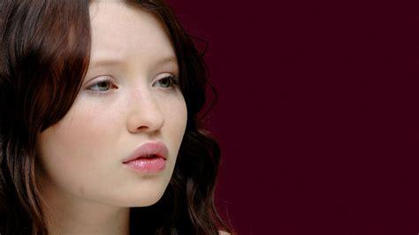 Emily Browning 6699 1920 X 1080 Wallpaperlayercom