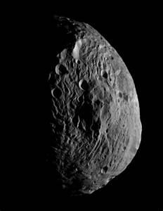 Giant Asteroid Vesta Has Mountain Taller Than Anything on ...