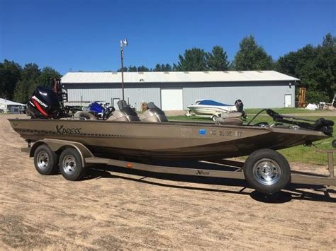 xpress  boats  sale