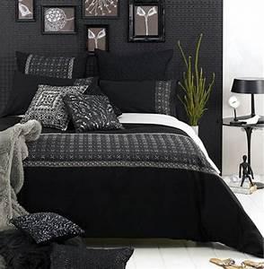 Welche Wandfarbe Schlafzimmer : schwarze wandfarbe f r schlafzimmer 30 bilder ~ Markanthonyermac.com Haus und Dekorationen