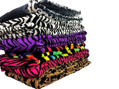 Super Soft Luxurious Fleece Throw Blanket Zebra & Leopard Available For All Beds Fur Blanket For Sale Wool Fabric Hand Made Baby Free Pattern Knitted Frost Blankets Concrete Wholesale Sweatshirt Fleece Sizes Large Electric