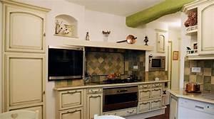 cuisine rustique repeinte photo 10 15 l39endroit a ete With exemple de cuisine repeinte