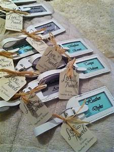Destination wedding favors and place settings mint green for Wedding favor luggage tags