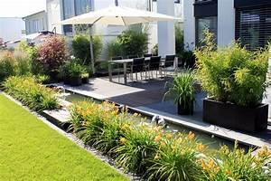 Moderne Gärten Bilder : geradlinige g rten no 5 terasse gartengestaltung und jede menge blumen ~ Eleganceandgraceweddings.com Haus und Dekorationen
