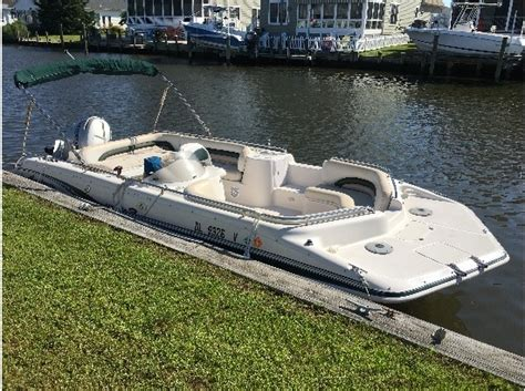 1999 Godfrey Hurricane Deck Boat by Godfrey Marine Hurricane 201 Boats For Sale