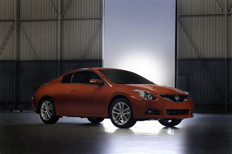 Nissan Altima Styles by 2011 Nissan Altima Coupe Review Top Speed