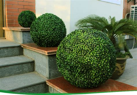 outdoor faux plants artificial boxwood hedge decorative vertical garden