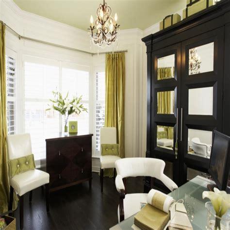 small living room ideas with bay window window furnishings ideas small living room with bay window small bay window treatment ideas