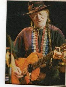 Crazy for Willie: Willie Nelson performs to sold-out show ...