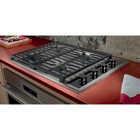 wolf gas cooktop wolf cg304t s 30 quot transitional gas cooktop