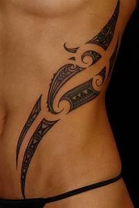 Tribal Tattoo Frau : collection of 25 tribal feminine tattoo on ribs for girls ~ Frokenaadalensverden.com Haus und Dekorationen