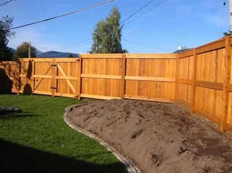 How To Build Backyard Fence by Fencing Ideas For Backyards Fences Gates Design For