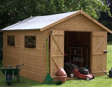 build  wooden pallet shed step  step pallet