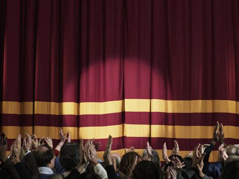 7 Tips To Overcome Stage Fright