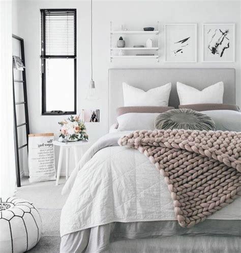 chambre adulte grise 1001 conseils et idées pour une chambre en et gris