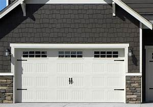 Carriage garage doors bakersfield ca carriage house for Carriage style garage doors kit