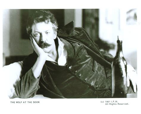 donald sutherland wolf at the door photographs