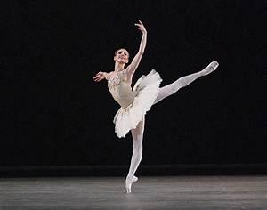 Adrienne's Corner: Ballet dancers...