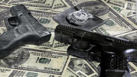 laws force police  put guns    street
