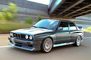 BMW E30 M3 Custom & HD Wallpapers Collection